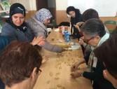 les participants preparen  dolços típics marroquins